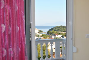 Room with islands view